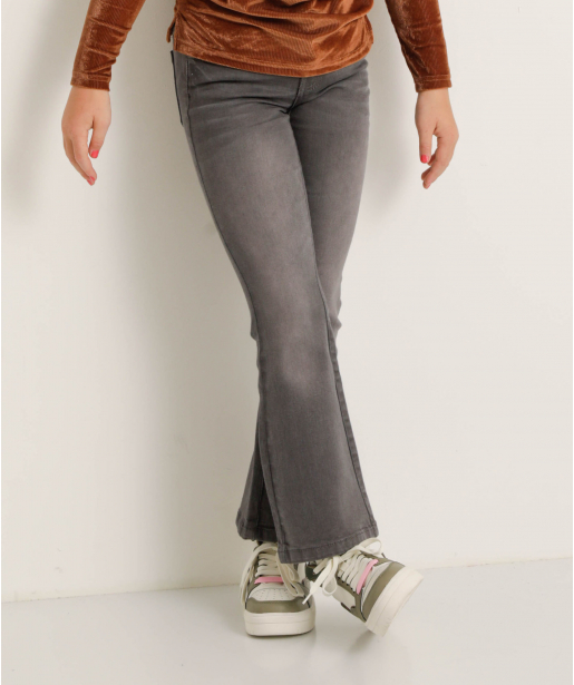 Flared stretch jeans